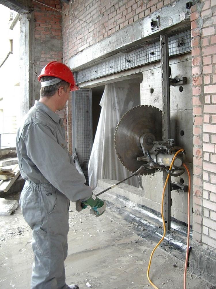Алмазная резка проема в бетоне москва раствор строительный по гост 28013 98